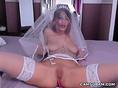 Homemade Porn Scene Of Sophisticated Shaved Camgirl