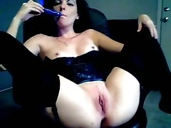 My co-worker toys her asshole in amazing webcam solo show