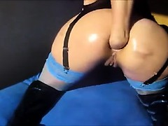 Tramp fists anal on webcam Claribel live on 720camscom