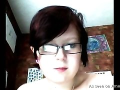 Nerdy short haired chubby webcam nympho in glasses tickles her twat