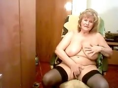 Mature chunky white woman with saggy titties on webcam