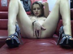 Polish teenager fakes climax on cam
