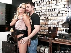 Intoxicating blonde sexpot Cameron Dee is fucked fuck from behind by Seth Gamble