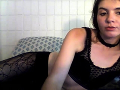 Sexy brunette amateur babe sex dating on webcam