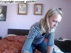 Lovely little teen very naughty coconut_girl1991_200117 chaturbate REC