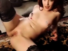 Brunette Milf Putting A Show On PLUSHCAM Dildo Fucking Pussy