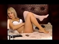 Perfect Cam MILF Feet