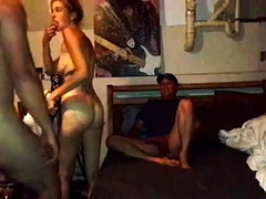 Mature amateur milf having gangbang with creampie