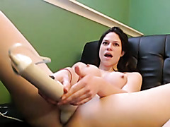 Sandra masturbates on webcam for me