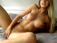 Sexually alluring webcam model with big tits masturbates for me